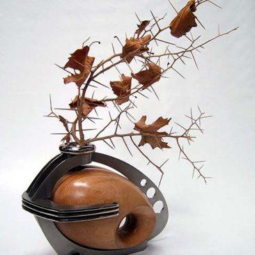 harley vase perspective